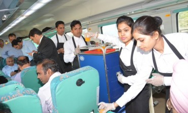 "Highlights of the Launch of ""Gatimaan Express"", India's Fastest Train"