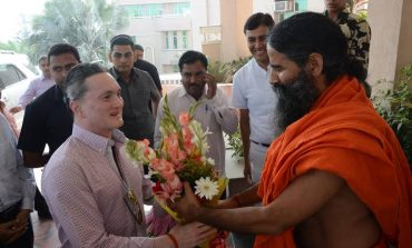 Patanjali to Enter Textile Manufacturing Sector, Says Baba Ramdev
