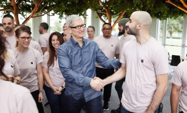 Apple Looking to Invest $1 Billion in SoftBank Tech Fund