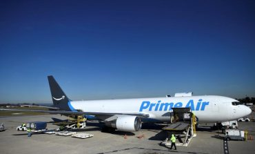 Amazon's Flying Warehouse to Launch Drones For Fast Delivery