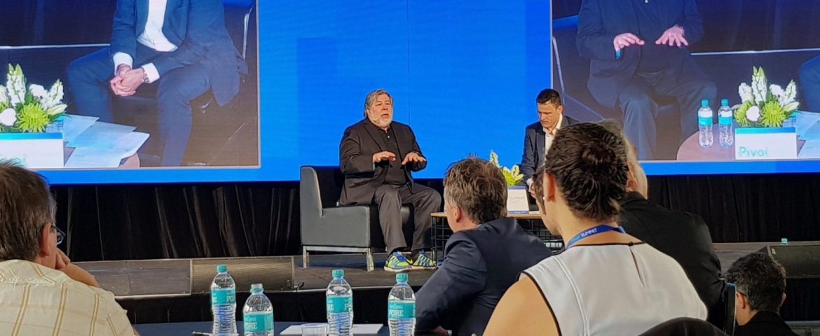 Steve Wozniak Slams iPhone X Face ID, Said He Was An Early Investor In Bitcoins