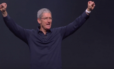 2017 Was A Very Happy Year For Apple's Tim Cook With A Total Payout Cheque Of $102M