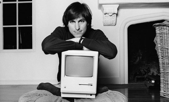 The Journey of Apple from Apple I Computers to Top Smartphone Selling Company