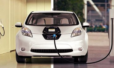EVs to Get Upto Rs 1.4 Lakh Subsidy, Petrol Cars to Become Expensive
