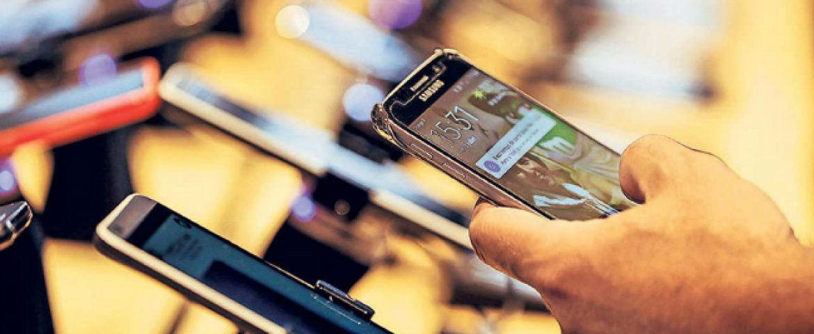 Online Sale of Smartphones in India to Cross 50 Million Mark